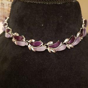 TRUE VINTAGE Heavy Purple Necklace